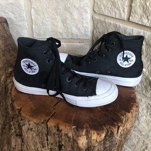 Converse Shoes - Converse Chuck Taylor Black Hightops size 7.5